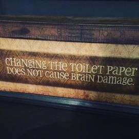ChangingTolietPapper